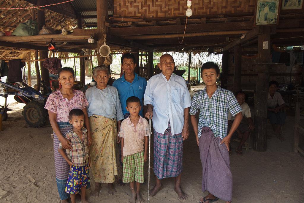 Burma family