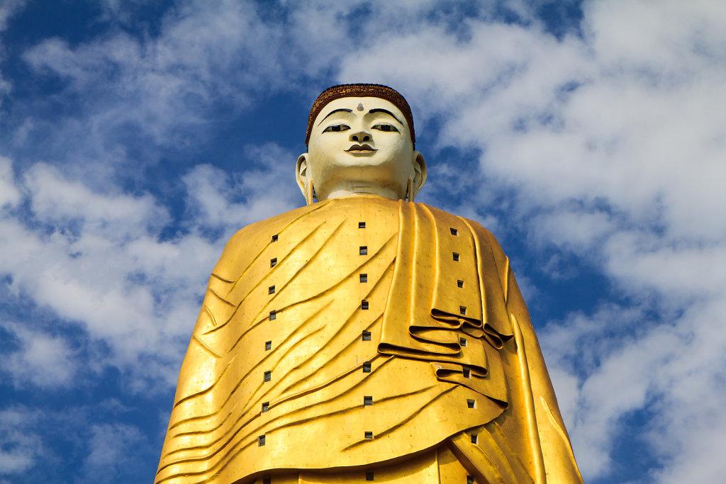 Standing Buddha, Bodhi Tataung - Monywa